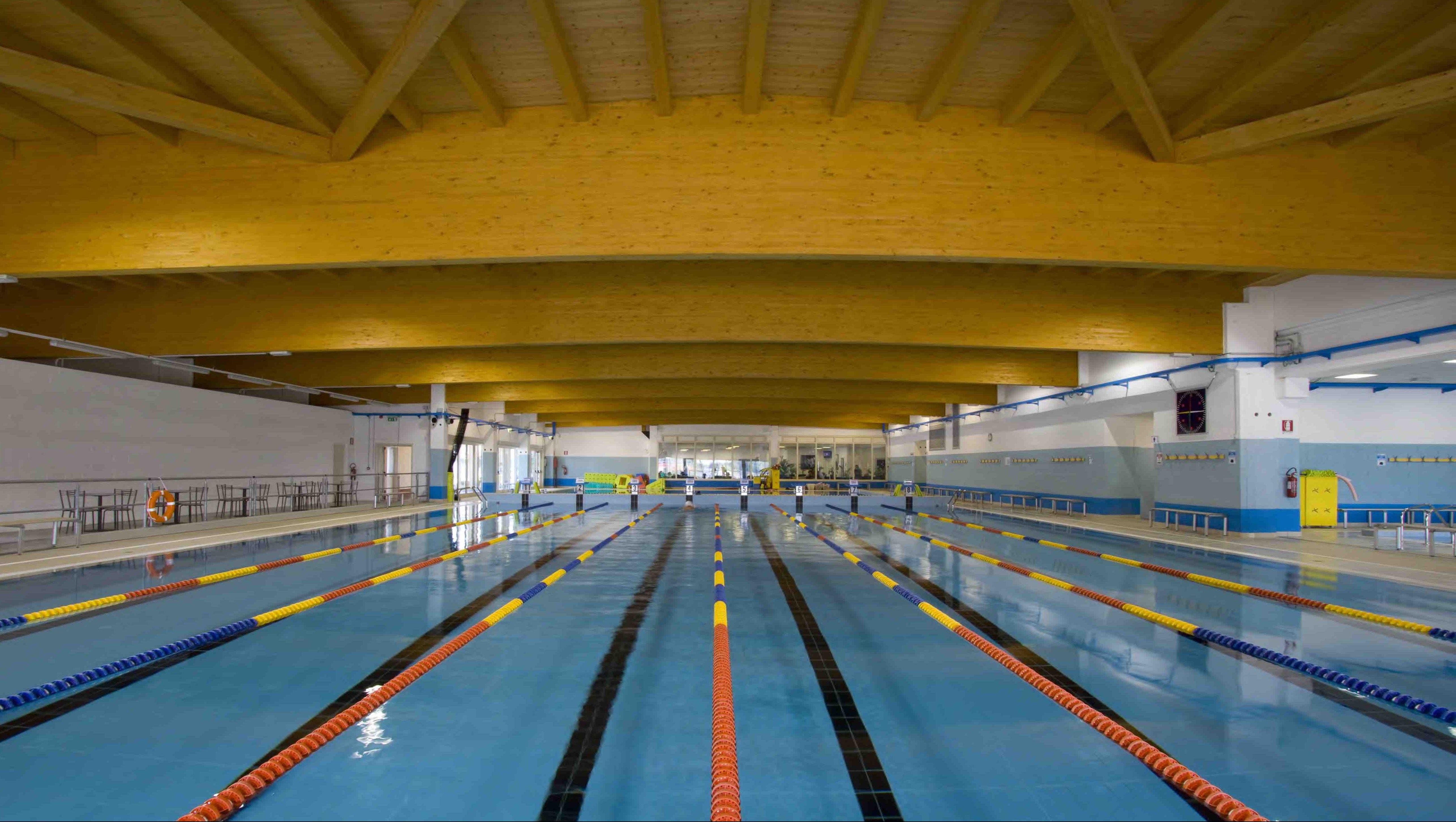 18 piscina